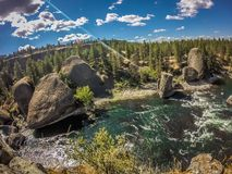 На парке штата шара и кувшина берега реки в spokane Вашингтоне стоковые фото
