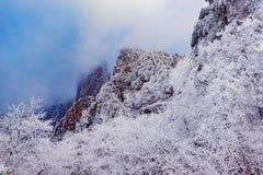над пиками облаков Стоковые Фото
