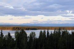 На полпути озеро, Аляска Стоковые Фото