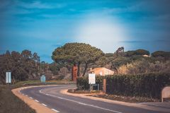 На пути к St Tropez стоковые изображения