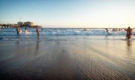 На пляже Санта-Моника, Лос-Анджелес Стоковое фото RF