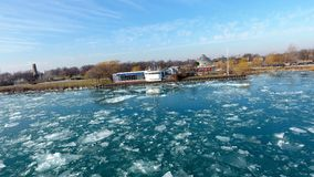 На Реке Detroit стоковое изображение