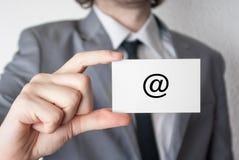 НА символе показ карточки бизнесмена дела Стоковые Фотографии RF