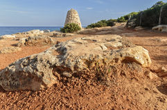 На скале около большого камня Стоковые Фото