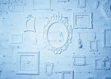 На стене много рамки года сбора винограда в голубых тонах Стоковое Изображение