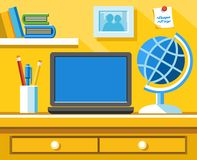 На столе компьтер-книжка, глобус, карандаши и шариковая ручка в стекле Иллюстрация штока
