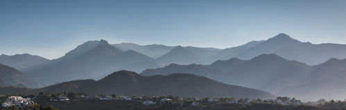 над туманом Стоковая Фотография