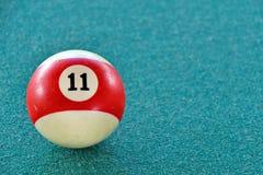 11 на шарике бассейна Стоковое Изображение