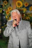 На этапе, композитор-песенник, певица, маэстро Александр Morozov Стоковая Фотография