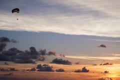 Небеса Флориды парасейлинга Стоковые Фото