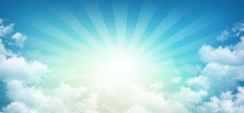 Небесное солнечное небо стоковые фотографии rf