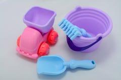 Небольшие формы игрушек младенца, красочных, различных и размеры стоковая фотография rf