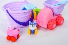 Небольшие формы игрушек младенца, красочных, различных и размеры стоковое изображение rf