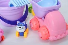 Небольшие формы игрушек младенца, красочных, различных и размеры стоковые изображения rf