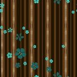 Небольшие цветки и прокладки золота с диамантами на коричневой striped предпосылке иллюстрация вектора