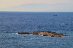 Небольшой экзотический остров стоковая фотография rf