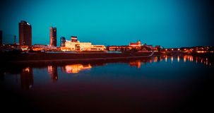 Небоскребы Вильнюса на ноче Стоковая Фотография RF