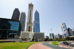 Небоскребы всемирного торгового центра Дубай поднимая в небо Стоковое Изображение