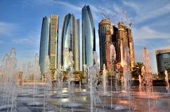 Небоскребы в Абу-Даби Стоковые Изображения
