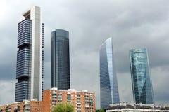 Небоскребы в финансовом центре, Мадриде, Испании стоковая фотография rf