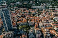 Небоскребы в фото лета трутня riviera города Монако Монте-Карло стоковое фото