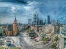 небоскребы горизонта frankfurt заречья финансовохозяйственные стоковая фотография