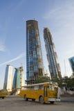 небоскребы Дубай конструкции вниз Стоковое Изображение
