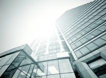Небоскребы здания в самомоднейшем футуристическом центре города Стоковое Изображение