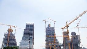 небоскребы конструкции вниз Стоковые Фотографии RF