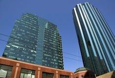 небоскребы edmonton стоковая фотография rf