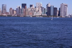 небоскребы york шлюпки новые стоковая фотография