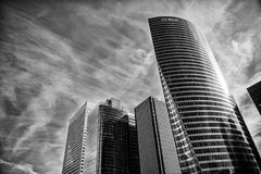 Небоскреб, здание башни edf стального плакирования и стеклянные окна Стоковые Фото