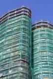 небоскреб конструкции вниз стоковое фото