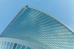 Небоскреб, символ корпоративного бизнеса и финансы стоковые изображения rf