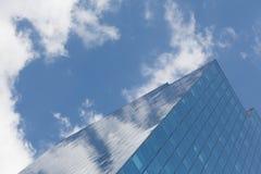 Небоскреб, символ корпоративного бизнеса и финансы стоковое фото