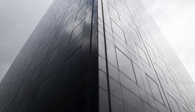 небоскреб темной стороны стоковое изображение