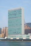 Небоскреб штабов Организации Объединенных Наций ООН как увидено от Рузвельта Стоковые Фотографии RF
