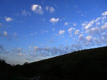 Небо весны стоковые изображения