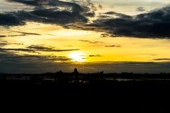 Небо вечера, небо захода солнца, пышное небо, облачное небо, красивое Стоковое Изображение