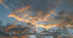 небо вечера Стоковая Фотография