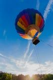 небо воздушного шара голубое цветастое горячее Стоковая Фотография