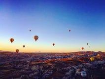 небо воздушных шаров горячее Стоковое Изображение