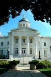 небо голубого здания суда старое Стоковое Изображение RF