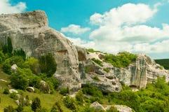 небо гор полей зеленое Стоковая Фотография RF