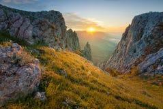 небо голубого ландшафта холмов Крыма нагое Стоковое Фото