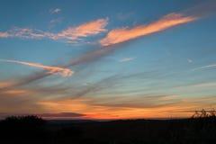 Небо захода солнца через Сассекс Стоковая Фотография