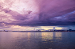 Небо и море на заходе солнца Стоковое Изображение RF