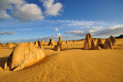 Небо и облака пустыни башенк голубое Стоковые Изображения RF