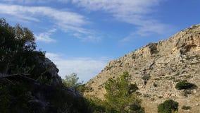 Небо и пейзаж утесов, среднеземноморской ландшафт природы, национальный парк Carmel Стоковые Фотографии RF