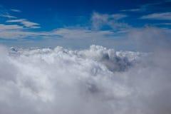 Небо и предпосылка облаков Стоковое Фото